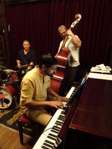 pianoman_12-tripleace